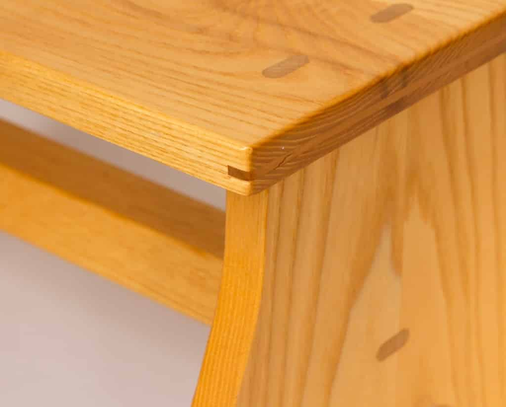 ash footstool